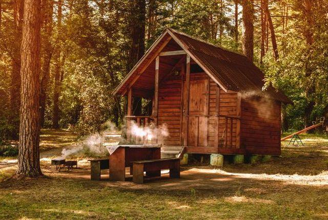 Konserwacja domku drewnianego po sezonie